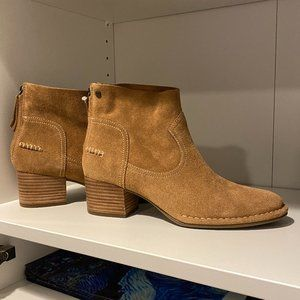 NEW UGG Women's BANDARA ANKLE BOOT SUEDE Size 7